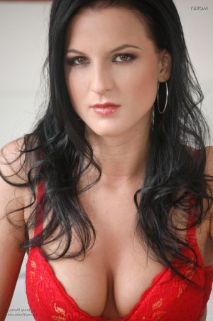 Manthia eros escorts Irving, TX